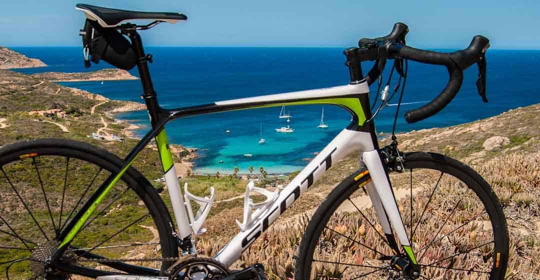 Livreur mécanicien cycles Bcyclet corse