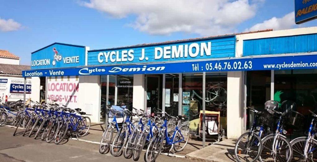 Employé location vélos