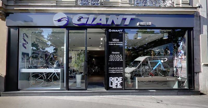 Giant Paris 12