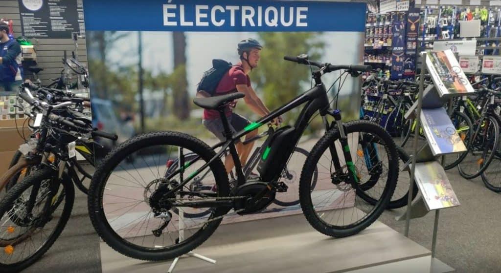 Technicien Cycle Drôme chez Intersport Saint-Paul-lès-Romans