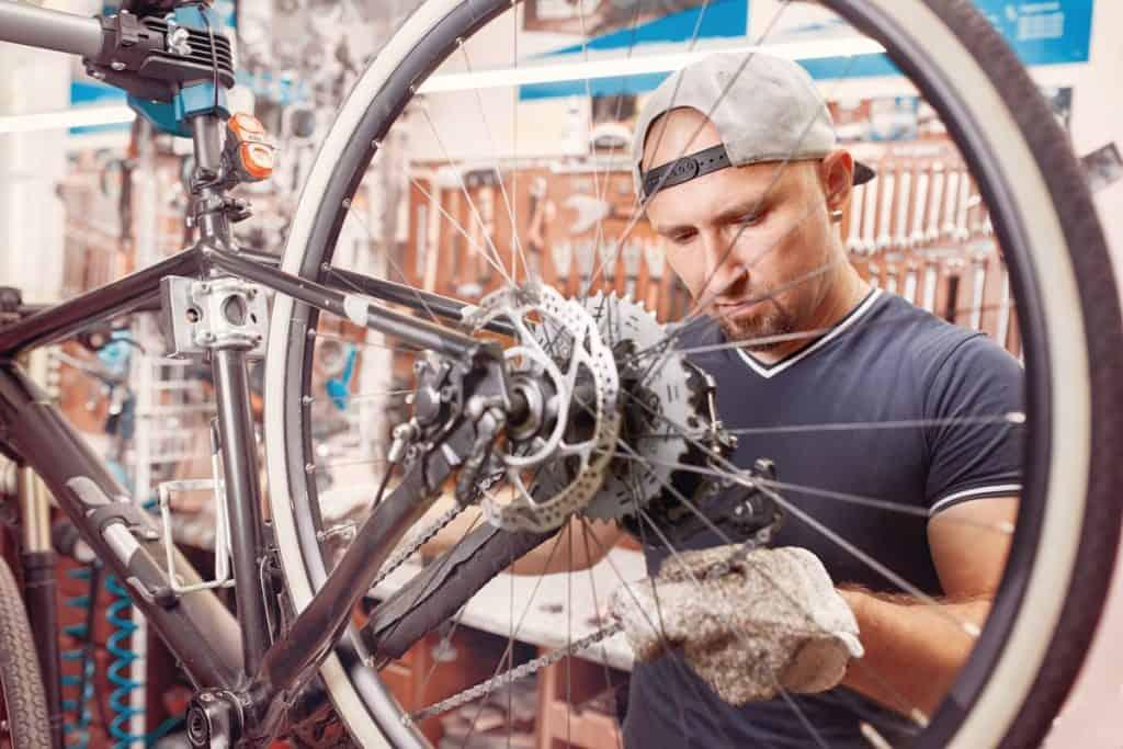 Technicien-Vendeur Cycles Paris Pastel