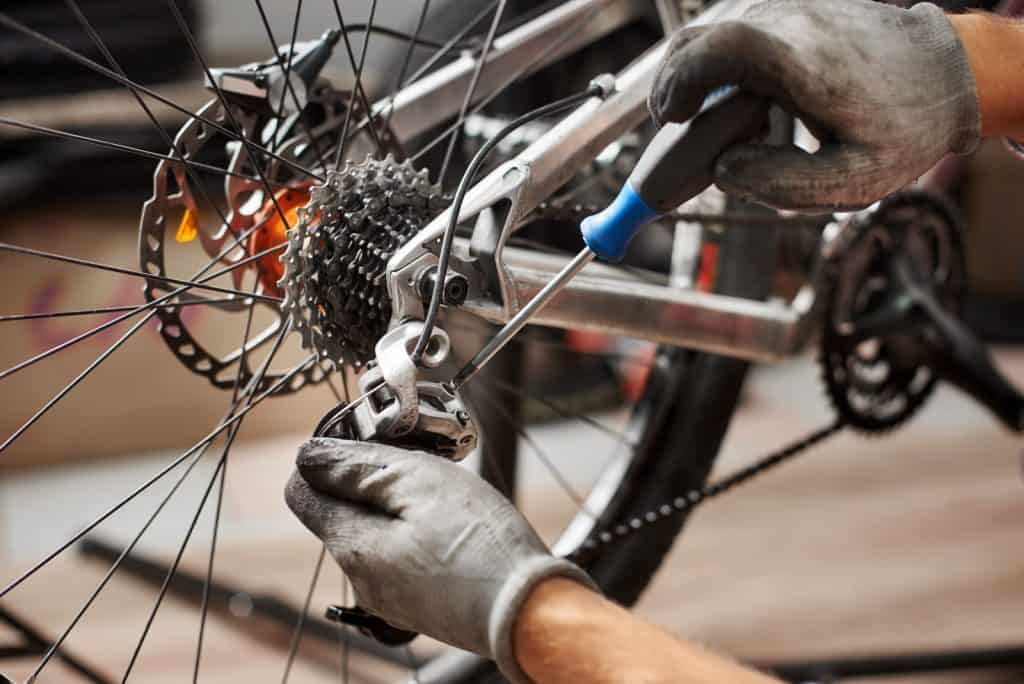 Mécanicien réparateur cycles Paris Holland Bikes