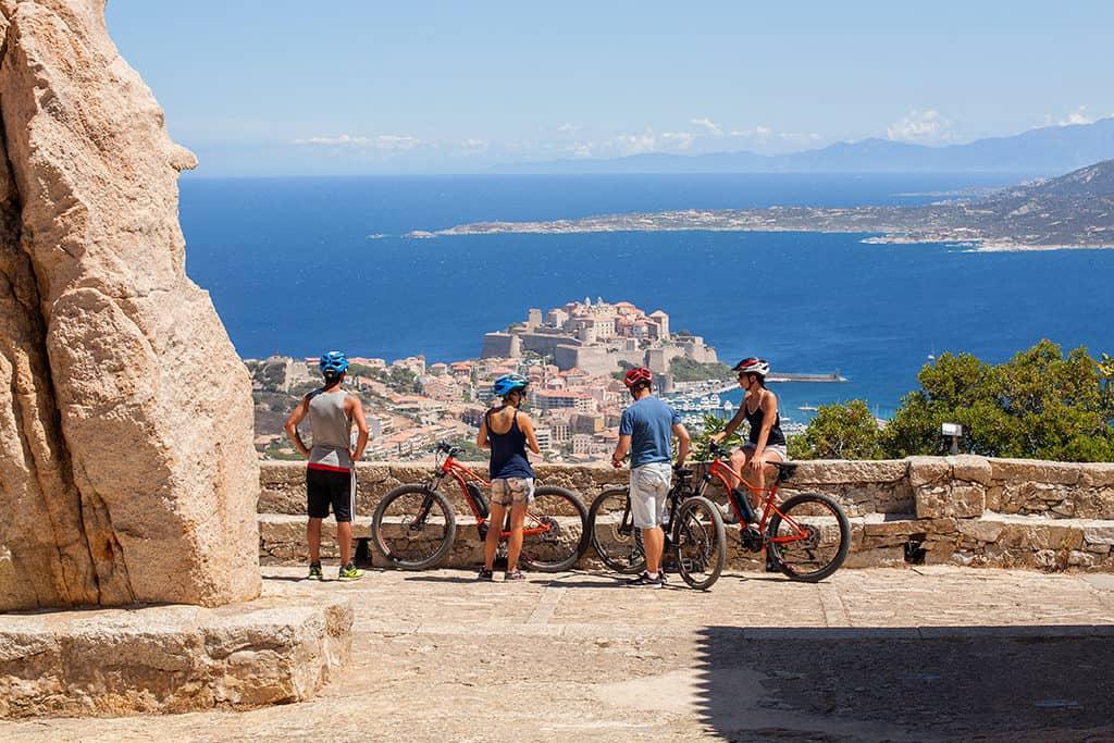 Moniteur Vélo en Corse