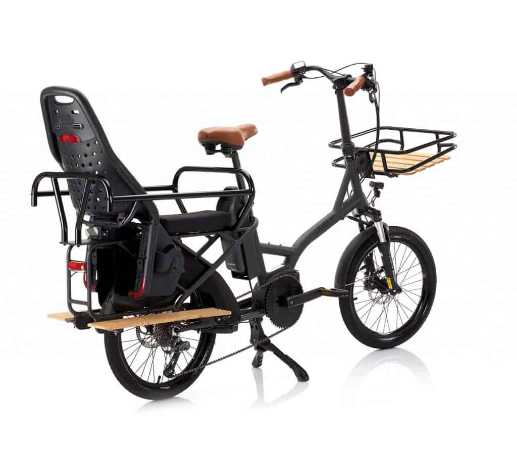Monteur de vélos à assistance électrique