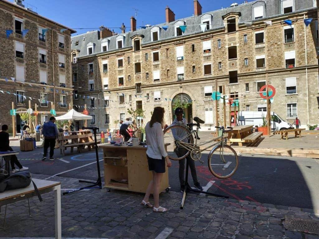 Animation pôle vélo Paris Association Aurore - Les Cinq Toits
