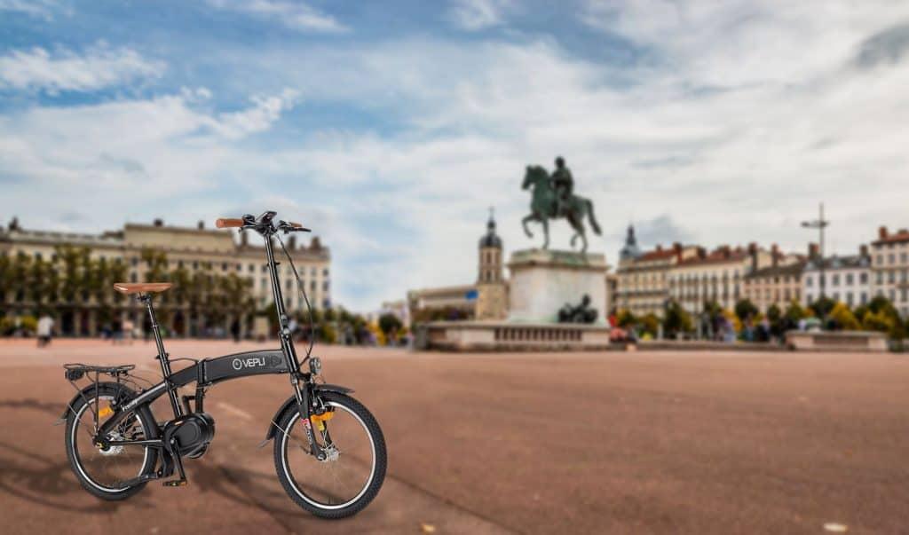 Assembleur de vélos à assistance électrique